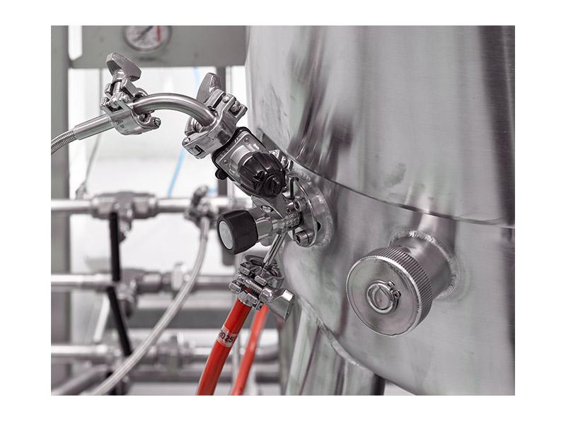 Industrial steel valve